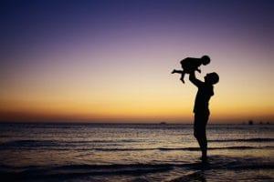 Cómo ayudar a nuestro bebé a superar su primer verano. Clínica Ginecológica Elcano Bilbao